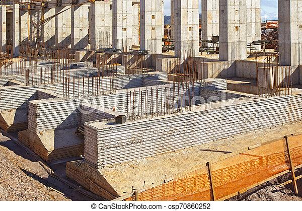 建造建筑物, 站點 - csp70860252
