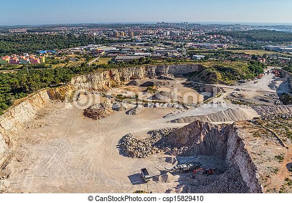 石頭, 采石場 - csp15829410