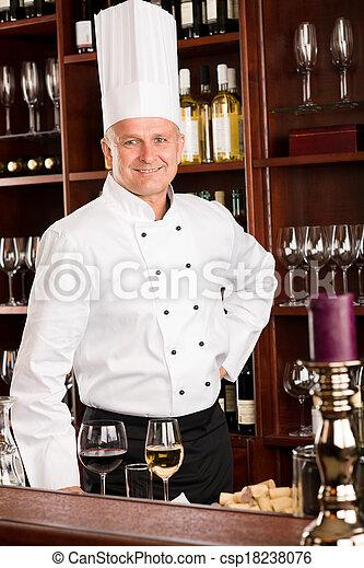 站立, 酒吧, 餐館, 廚師, 充滿信心, 烹調, 酒 - csp18238076