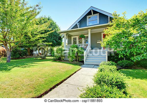 老, 房子, 灰色, 小, 美國人, 外部, staircase., 前面, 白色 - csp11881893