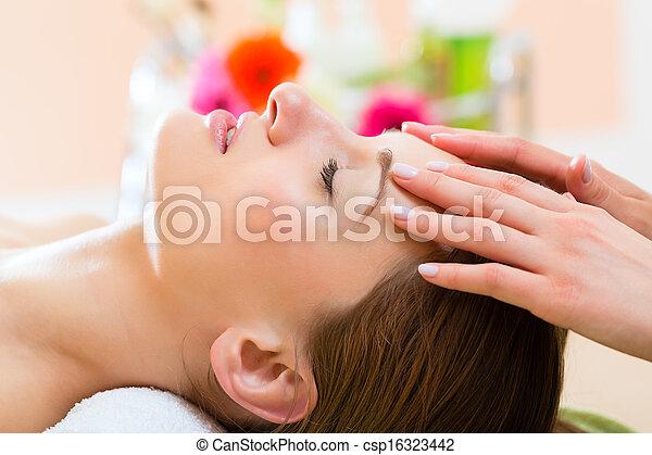 頭, 婦女, 得到, 健康, -, 礦泉, 按摩 - csp16323442