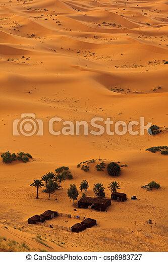 bedouin, 空中, 摩洛哥, sahara, 營房, 看法 - csp6983727