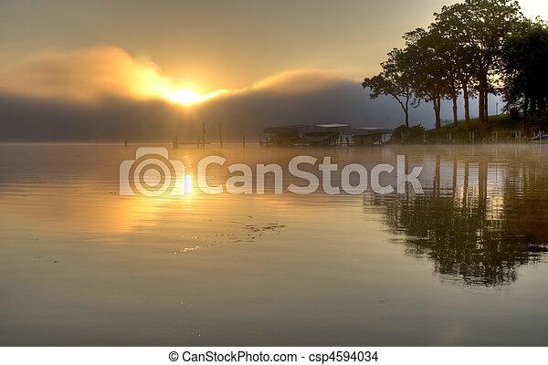 okoboji, 在上方, 湖, 日出 - csp4594034